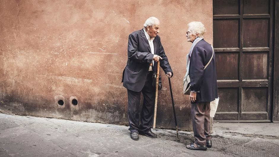 To eldre personer